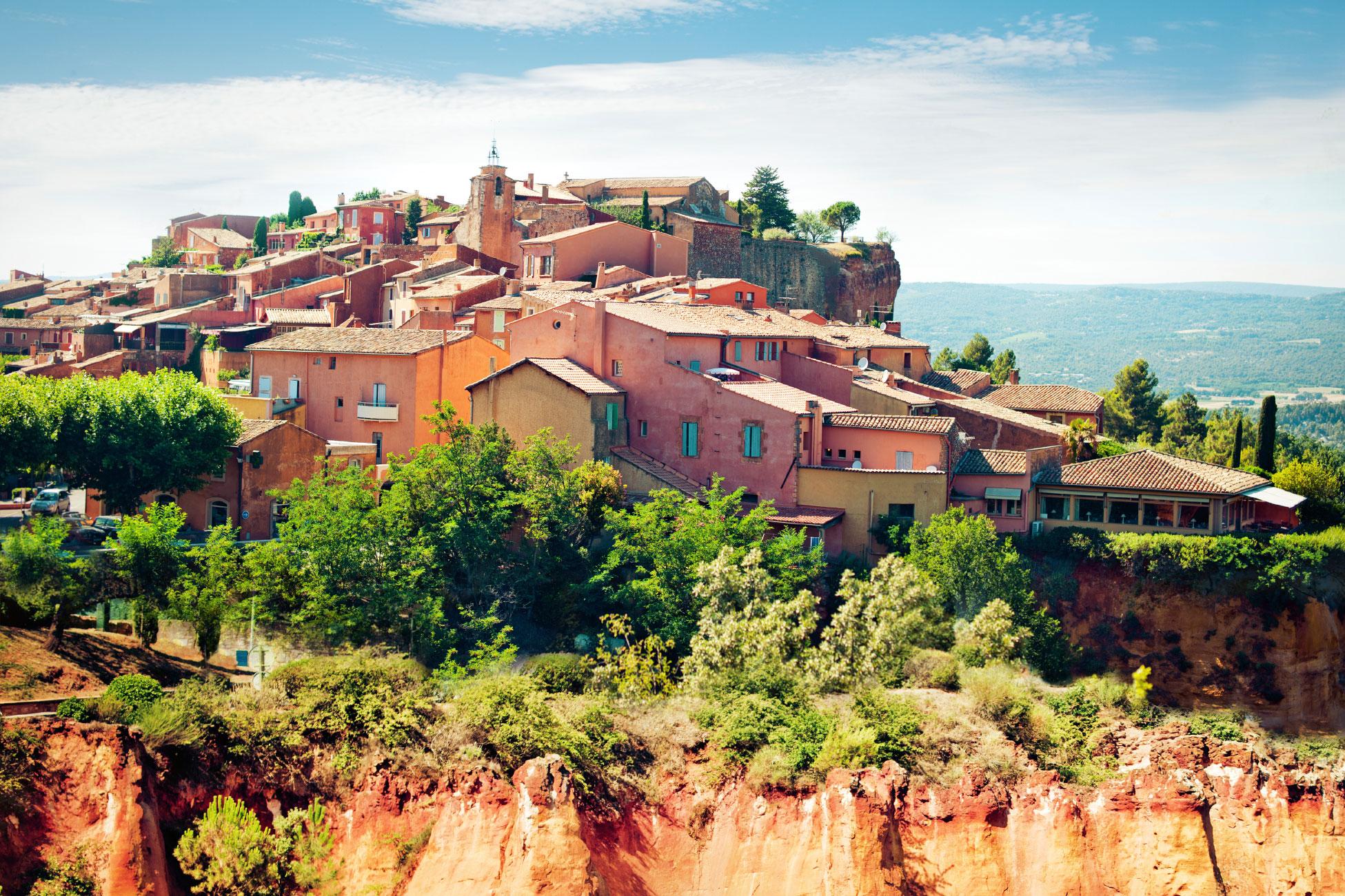 Vilarejo francês, região francesa, Roussillon