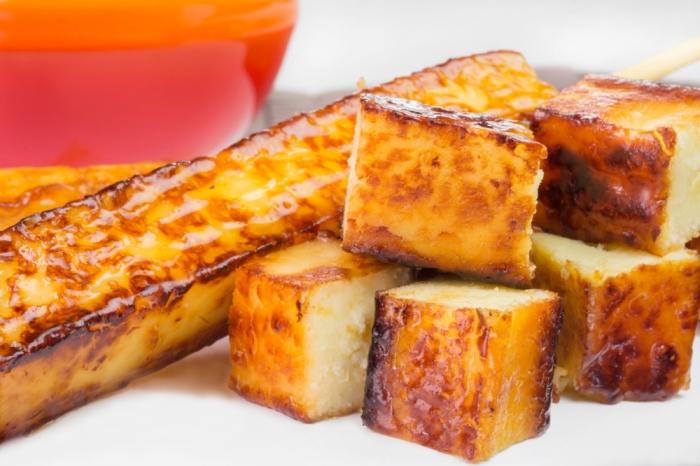 Espetinho de queijo coalho   Winepedia